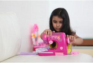 maquina de coser niña